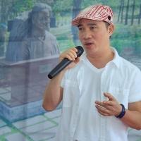 Ca sĩ Quang Linh với ca khúc Quê Nghèo của Phạm Duy